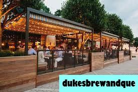 Restoran Duke Barbeque Terbaik di Charleston Saat Ini